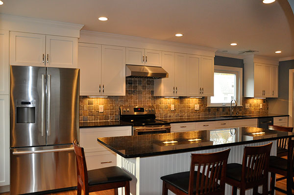 Custom Kitchen Remodeling by Fishlin COnstruction